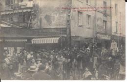 CPA, Paris, Angle Des Rues Saint Médard Et Mouffetard Un Dimanche Matin - Arrondissement: 05