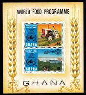 Ghana MNH Scott #494 Souvenir Sheet Of 2 World Food Programme 10th Anniversary: Tractor, Headquarters - Ghana (1957-...)
