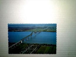 Pont Laviolette Qui Enjambe Le St Laurent Entre Ville Becancour Et Trois-Rivieres Canada - Trois-Rivières