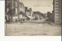 VILLEDIEU  50   Le Bourg De Montbray-Animé-Aubergiste-Epicerie-Attelage Charette Et L'Entrée Du Chateau - Villedieu