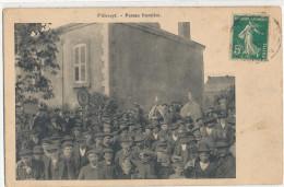 VILLERUPT  Poteau Frontière  Animée - Francia