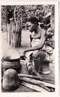 CP Photo  Cote D'ivoirejeune Cuisiniére   Collection G.Labitte - Côte-d'Ivoire
