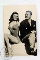 Vintage 1950's Real Photo Postcard Cinema/ Movie Actors: Esther Williams & Van Johnson - Schauspieler