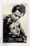 Vintage 1950's Real Photo Postcard Cinema/ Movie Actors: Glenn Ford & Evelyn Keyes - Actores