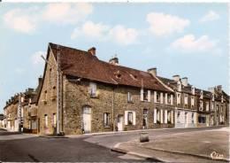 PIRE-sur-SEICHE (35. I-et-V.) Le Bourg CPSM Dentelée GRAND FORMAT Non écrite Réf. Ac 2 - France