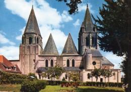 (D) 37  Loches  L Eglise Saint Ours - Loches