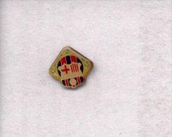 13-ebarca10. Pin Futbol. Escudo, Bandera Y Laureles F.C. Barcelona - Fútbol