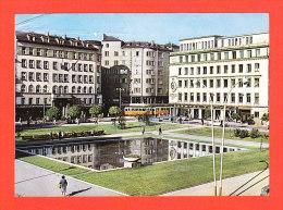 E-Bulgarie-08P2  SOFIA, Vue D´une Partie De La Ville, Animation, Voitures, Tramway, Plan D´eau - Bulgarie