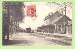 MONTCEAU LES MINES : La Gare Intérieure. Train. 2 Scans. Edition Martin - Montceau Les Mines