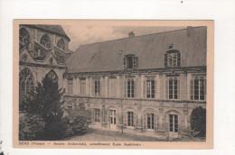 Sens Ancien Archeveche Ecole Superieure - Sens