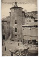 """83  HYERES     Chapelle De L'ancienne """" Commanderie """" Des Templiers Et Place Du Marché - Hyeres"""