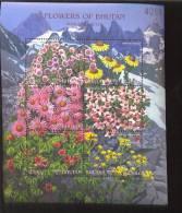 MINT NEVER HINGED MINI SHEETS OF FLOWERS - ORCHIDS   #  M-091-3   ( BHUTAN   1314 - Pflanzen Und Botanik