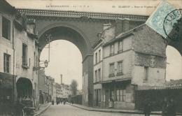 76 ELBEUF / Une Rue Et Le Viaduc / - Elbeuf