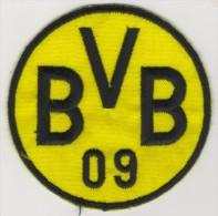 GERMANY BORUSSIA DORTMUND FOOTBALL CLUB EMBLEM,PATCH 77 MM. - Scudetti In Tela