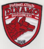 ROMANIA DINAMO BUCHAREST  FOOTBALL CLUB EMBLEM,PATCH 75  X 87 MM. - Scudetti In Tela