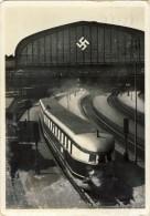 Nazi  Train Schnelltriebwagen Der Fliegende Hamburger, 2 Scans - Trains
