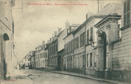 76 NEUFCHATEL EN BRAY / Rue Cachoise, La Sous-Préfecture / - Neufchâtel En Bray