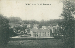 76 PAVILLY / La Côte D'Or Et La Gendarmerie / - Pavilly