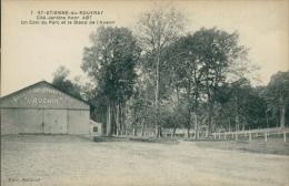 76 SAINT ETIENNE DU ROUVRAY / Cité-Jardins Henri ABT, Un Coin Du Parc Et Le Stand De L'Avenir / - Saint Etienne Du Rouvray