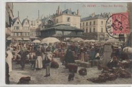 CPA 51 Reims - Place Des Marchés - Reims