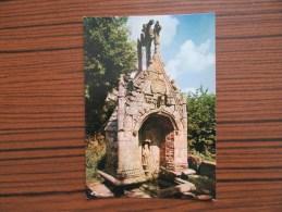 Cleguerec ( Morbihan )                       Fontaine De La Trinité