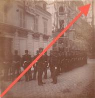 """Photo Ancienne Militaire """"à Bas Les Traitres"""" Agen ? - Guerre, Militaire"""