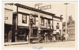 Wrangell Alaska, Bear Totem Store, Curios Native Indian Totems Carvings, Sitka Studio C1910s/20s Real Photo Postcard - Stati Uniti