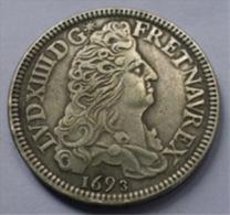 LOUIS  XIV   -   ECU ROYAL (8 L)   Béarn - 1693 - SUPERBE Réplique  (  COPIE ) - 987-1789 Monnaies Royales