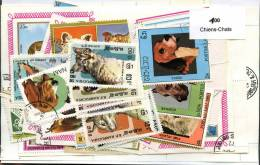 100 Timbres Thème Chiens-chats - Hunde