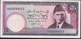 PAKISTAN  P40  50  RUPEES  1985  AAE See Signature   UNC 2 Usual P.h. ! - Pakistan