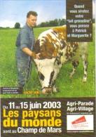 """Carte Postale """"Cart'Com"""" (2003) - Les Paysans Du Monde Sont Au Champ De Mars (vache) - Vaches"""