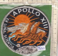 PO4090D# PATCH ASTRONAUTICA - SPAZIO - APOLLO XIII EX LUNA, SCIENTIA - NASA SPACE - Scudetti In Tela