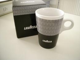 Tasse, Mug LAVAZZA -  Neuf Avec Boite D'emballage - Cups