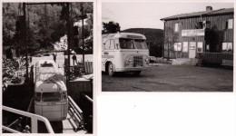 Photo Originale Autocar - Autobus - Passage D'un Pont Ou Descente De Bateau Pour Ce Car Vu De Dos Et De Face - 2 Photos - Cars
