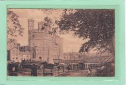 ROYAUME-UNI - PAYS DE GALLES - CAERNARVONSHIRE - CARNAVON - Castel & Swing Bridge - Animation - Caernarvonshire