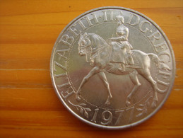 Great Britain 1977 ELIZABETH II TWENTY FIVE PENCE SILVER JUBILEE UNCIRCULATED COIN. - 1971-… : Monedas Decimales