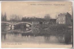 08 RETHEL  Le Pont Du Chemin De Fer  Passage De La Barque - Rethel