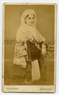 Grèce, CDV P. Moraïtes, Photographe De La Famille Royale Grecque, Athènes. Portrait D'une Femme. - Photos