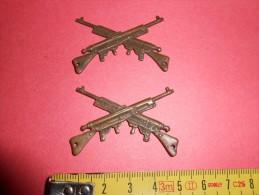 Militaria - Lot de 2 fusils � coudre sur v�tement