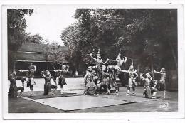 CAMBODGE - ANGKOR VAT - Danseuses Cambodgiennes - Scène Finale Du Combat Des Bons Et Mauvais Génies