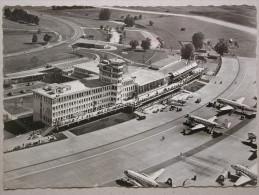 Zürich, Flughafen Kloten, Airport, Aéroport - Aerodrome