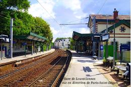 Gare De Louveciennes , Yvelines , Vue En Direction De Paris-Saint-Lazare - Une Photo Reproduit Carte Postale  10x15 Cm. - Estaciones Sin Trenes