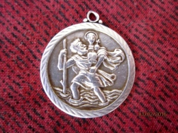 Médaille St Christophe (argent) - Non Classés