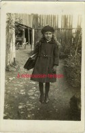 Carte Photo-Issoudun En 1919-fillette Nommée Jeannette Partant Pour L'école?-mode Enfant-joli Manteau - Anonymous Persons