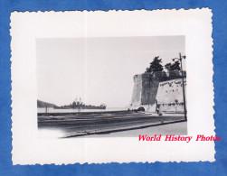 Photo ancienne snapshot - VILLEFRANCHE sur MER - Bateau militaire am�ricain torpilleur en rad Marine Ship Boat US Navy