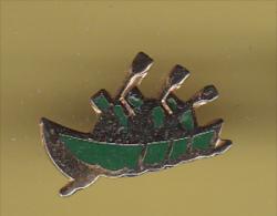 48481-Pin's.Canoe .Kayak.bateau.. - Canoë