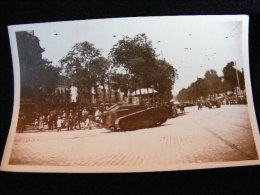 Cpa Carte Photo -- Défilé De Chars  -- Année 30 -- Rennes ??  FEV16 10bis - Equipment