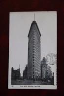 NEW YORK - FLAT IRON BUILDING - New York City