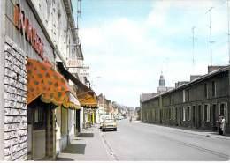 59 - LOURCHES ( Commerce Rue Commerçante ) Rue Jean Jaurès ( Enseigne Banque Crédit Du Nord ) CPSM GF - Nord - France
