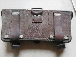 Cartouchière Allemande Datée 1939, Ardillons En Aluminium, Nom Du Soldat : Frank, 1 Patte à Réparer - 1939-45